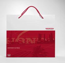 Honda. Un proyecto de Diseño e Ilustración de le  dezign - Jueves, 23 de junio de 2011 00:00:00 +0200