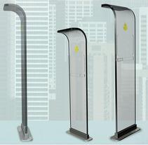 Buzón para el 2062... y más allá.. Un proyecto de Diseño, UI / UX y 3D de ozestudi  - 21-03-2012