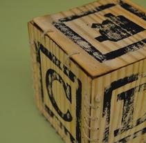Autopromoción . Un proyecto de Diseño y Publicidad de Marquez         - 02.05.2012