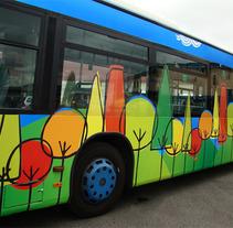 Diseño autobús urbano. Un proyecto de Diseño e Ilustración de Natalia de Frutos Ramos         - 24.07.2012