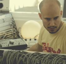 Guille Milkyway. Um projeto de Fotografia de Lluís Domingo         - 22.02.2013