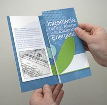 Tríptico y carpeta. Um projeto de Design, Ilustração e Publicidade de Dámaso Suárez         - 15.10.2013