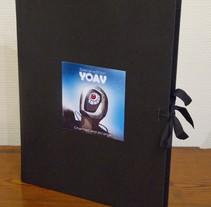 Libro CD Yoav. Un proyecto de Diseño, Ilustración, Diseño de personajes y Diseño gráfico de Andres Jarque Vañó         - 23.02.2014