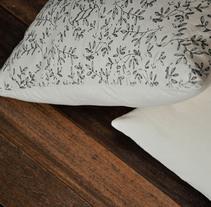 Cojines Ramitas . A Design, Illustration, Crafts, and Screen-printing project by Iratxe de la Torre         - 30.09.2013