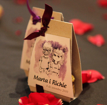 Wedding M&R. A Illustration, Graphic Design, and Packaging project by Lara Prats Guardiola - 24-09-2014