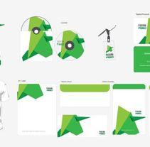 Branding identidad. Un proyecto de Br, ing e Identidad y Diseño gráfico de santiago kussrow         - 28.05.2015