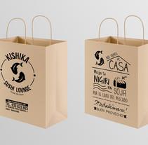 BOLSAS - Kishika Sushi Lounge (Barcelona). A Graphic Design project by Alejandra Martínez Vicaría         - 23.08.2015