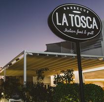 La Tosca. Un proyecto de Diseño, Dirección de arte, Br, ing e Identidad, Diseño gráfico, Arquitectura interior y Diseño de interiores de John O'Hare         - 30.03.2016