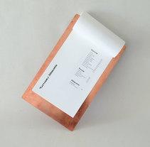 Berliner Cámara Acústica. Un proyecto de Diseño, Fotografía, Diseño de complementos, Br e ing e Identidad de Dann Torres - 01-04-2016