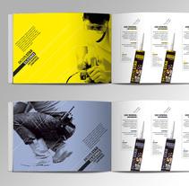 Chovastar product brochure. Um projeto de Design editorial de Jose Ribelles         - 13.04.2016