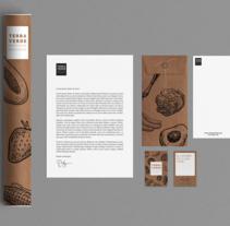 Terra Verde Branding. A Graphic Design project by Laura Del Rio - 05.13.2016
