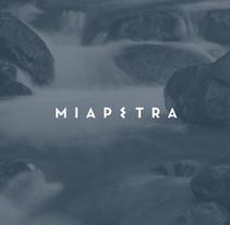 Miapetra. Un proyecto de Diseño, Br, ing e Identidad y Diseño gráfico de Wild Wild Web  - 16-05-2016