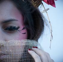Estacionadas. A Photograph, Art Direction, Fashion, and Post-Production project by Christel Keller         - 02.02.2013