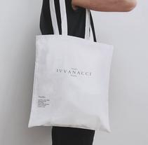 IVVANACCI Studio. Un proyecto de Br e ing e Identidad de Black Canvas  - 30-06-2016