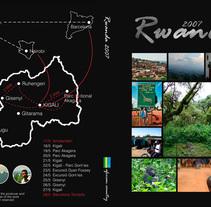 DVD Travel Rwanda. A Design, Graphic Design, and Product Design project by Jordi-Pau Roca Valls (The Til·li)         - 06.08.2016