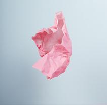 Playing with papers. Un proyecto de Fotografía, Dirección de arte y Escenografía de I'm blue I'm pink         - 04.09.2016