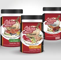 Logotipo y Diseño de Etiquetas. Um projeto de Design de produtos de Sabrina Rodríguez         - 11.05.2014