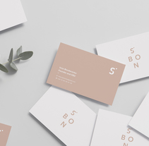 S.Bon - Your timeless staples. Un proyecto de Fotografía, Dirección de arte, Br, ing e Identidad, Moda, Diseño gráfico y Diseño Web de Lidia Minguez         - 06.12.2017