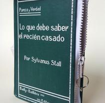 Manual del recién casado 1911 (2016. Libro de artista, libro intervenido). Un proyecto de Artesanía de Sonia de Viana         - 05.04.2016