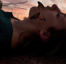Mariposas. A Photograph, and Digital retouching project by Tania García Martínez         - 15.11.2017