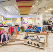 Pablosky Flagship Store - Centro Comercial Marineda City. Um projeto de Fotografia de Enrique Blanco Fotógrafía         - 19.10.2017
